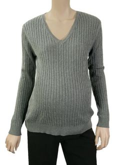Lilo Cable V-Neck Maternity Sweater - FINAL SALE | Maternity Clothes on Sale at Due Maternity $15.00 available while they last at Due Maternity www.duematernity.com