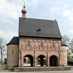 The gatehouse of the monastery at Lorsch, built around 800 AD is an example of Carolingian architecture.