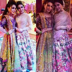 Dulhay ki behnay!! Humaima Malik and Dua Malik right now at the Mehndi ceremony of Feroze Khan ❤✨ . . #humaimamalick #duamalik #ferozekishaadi #ferozekhan #ferozedaveyah #wedding #mehndidance #familywedding #DanceFloor #fashion #mehndiceremony #AlizaFatima #ferozedaveyah #fk #shadi #mehndi #mirhadi #khaani #lollywood #pakistanmediaindustry -