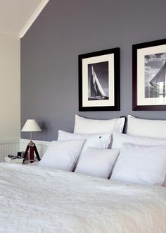 Bedroom Decorating Ideas New England Style Whether you love the rustic weathered look of classic cottage style or the laid back appeal of shabb. New England Bedroom, New England Decor, New England Style, New England Homes, Home Bedroom, Bedroom Decor, Bedroom Ideas, Bedrooms, Wall Behind Bed