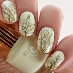"""Floss Gloss """"Glowstar"""" w/ Moyou London Mother Nature Collection plate 14.   LacquerMeSilly"""