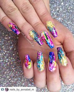 with ・・・ Chelsea's holiday nails Fancy Nails, Bling Nails, Swag Nails, Glitter Nails, Pretty Nails, Stiletto Nails, Hot Nails, Hair And Nails, Mermaid Nails