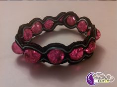 różowo-czarna