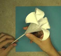 Classic Origami Iris Lily | AllFreePaperCrafts.com