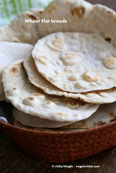 How to make the best #vegan yeast free flatbread. Easy, homemade, dairy-free, whole grain & comes together quickly. Puff as pita bread. Soy-free No Yeast recipe.