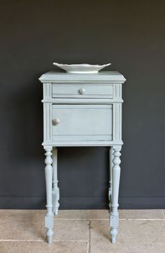Annie Sloan Chalk Paint Duck Egg Blue | Royal Design Studio