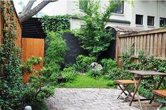 Landscaping Work. Landscape Gardener Designs, Plans and Construction