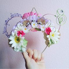 """""""crying over these Minnie ears Bc they are so cute 😭😭"""" Disney Rapunzel, Diy Disney Ears, Disney Mickey Ears, Disney Bows, Disney Diy, Disney Crafts, Disney Outfits, Disney Trips, Mickey Mouse"""