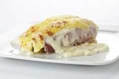 Belgian Food: Endive with ham and cheese sauce