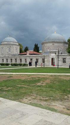 İstanbul süleymaniye sultan Süleyman ve Hürrem  sultanı. Kabri