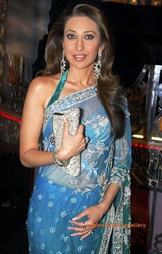karishma-kapoor-diamond-earrings