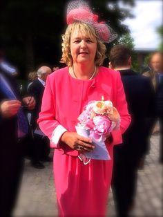 Tailleur en crêpe corail pour mariage Paule Vasseur : Crédit photo et remerciements Mme V.Debomy