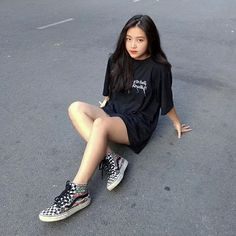 Korean Girl Photo, Cute Girl Photo, Girl Photo Poses, Girl Photos, Pretty Korean Girls, Cute Korean Girl, Asian Girl, Model Poses Photography, Teen Girl Photography