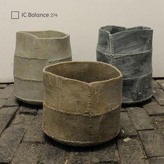 ¡Prueba #Balance! El tinte sutil en este blanco evocará la pureza encontrada en el mármol veteado con gris. #ComexTrends