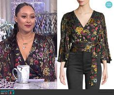 Tamera's black floral wrap top on The Real Tamera Mowry, New Chic, Real Style, Wrap Blouse, Protective Styles, Style Icons, Catt Sadler, Fashion Outfits, Crop Tops