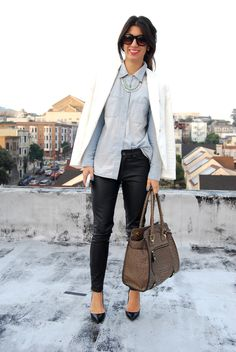Fashion blog This Time Tomorrow really hits the fashion beat with this look. I could pull (just about) this whole look out of my current wardrobe. Just need the white blazer. However, I'm thinking black super tight skinny jeans instead of leather pants...