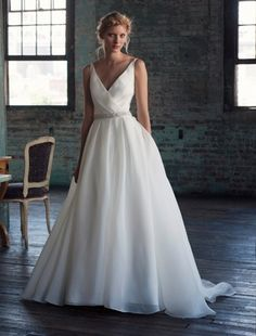 Michelle Roth V-Neck A-Line Wedding Dress with Natural Waist in Silk. Bridal Gown Style Number:32734279