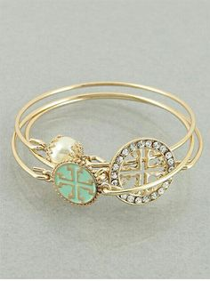 b61edbffbbe1 Tory Burch bracelet Cute Jewelry