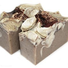 Rich notes of rich dark chocolate and vanilla, sweet orange and a dash of Patchoul