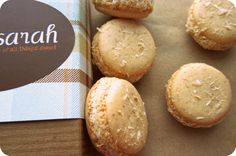 Toasted Coconut French Macarons >> yum yum can never get enough coconut!!