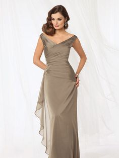 8001 gown from the 2014 Jordan: Caterina collection