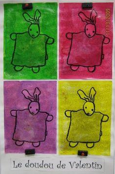 idée de couverture de cahier de vie... personnalisé avec celui de chaque enfant Pop Art, Album Jeunesse, Andy Warhol, Art Plastique, Kids Rugs, Tour, Ps, Routine, Classy Ideas