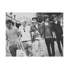 Last.fm ❤ liked on Polyvore featuring one direction, 1d, pictures and backgrounds