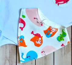 Our bandana bib is not just a simple absorbent bib. It is also a stylish accessory! We use nickel free snaps, all seams professionally finished and handmade with love! Always supervise your baby when using this product. | eBay!
