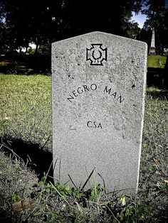 Unknown Black Confederate soldier in a Confederate Cemetery, Chattanooga, Tennessee. (Unknown soldiers graves are not unusual from the Civil War nor were black soldiers - they fought on both sides as did Native Americans) Confederate States Of America, Confederate Monuments, Old Cemeteries, Graveyards, Cemetery Art, Civil War Photos, After Life, American Civil War, American Soldiers