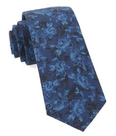 Bovine Floral Navy Tie with 3 in. wide x 58 in. Mens Ties Crafts, Traditional Jacket, Tie And Pocket Square, Pocket Squares, Skinny Ties, Athletic Fashion