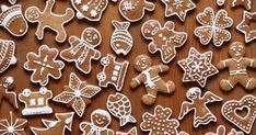 Gorgeous little gingerbread men - some of our top 10 gifts under Swedish Christmas, Christmas Gingerbread, Gingerbread Cookies, Gingerbread Recipes, Fondant Minions, Christmas Cake Decorations, Cake Topper Tutorial, Swedish Recipes, Seasonal Food