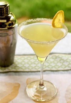 Lemon Drop Vanilla Bean Martini