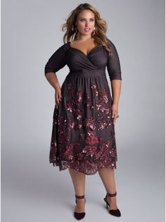 God, I want this dress!!  Amaryllis Plus Size Dress