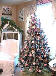 images of decorated christmas trees | This is my Christmas tree decorated in pink. I put it in my living ...
