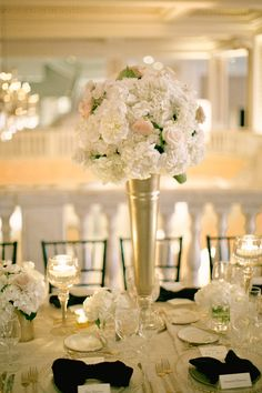 #centerpiece Photography: Vicki Grafton Photography - vickigraftonphotography.com Read More: http://www.stylemepretty.com/2014/10/20/classic-dc-art-museum-wedding/