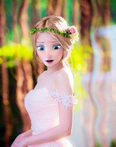 Ginny is 16 and loves photography and wearing dresses. Disney Princess Pictures, Disney Princess Fashion, Disney Princess Frozen, Disney Princess Drawings, Disney Drawings, All Disney Princesses, Disney Rapunzel, Princesas Disney Dark, Disney Adoption
