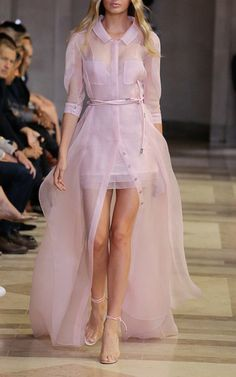 The Spring/Summer 2016 Trend Report Spring Summer 2016 Carolina Herrera Look 4 on Moda Operandi    jαɢlαdy