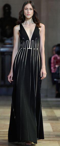 Carolina Herrera Ready To Wear Spring 2015