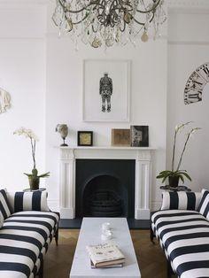 DESDE MY VENTANA: TRADICIÓN Y MODERNIDAD EN UNA VIVIENDA LONDINENSE / LONDON HOUSE TOUR   Living Room/Family Room