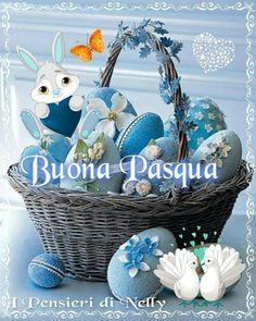 Buona Pasqua a te e famiglia - BuongiornissimoCaffe.it Red Rose Pictures, Ostern Wallpaper, Happy Easter Quotes, Italian Greetings, Easter Wishes, Honeymoon Planning, Holiday Images, Christmas Cards, Christmas Ornaments