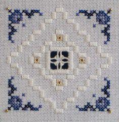 ~ Hardanger lace and cross stitch Hardanger Embroidery, Learn Embroidery, Cross Stitch Embroidery, Embroidery Patterns, Hand Embroidery, Doily Patterns, Dress Patterns, Cross Stitch Borders, Cross Stitch Patterns