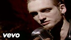 """Layne Staley in the Alice in Chains video for """"them bones"""". Layne Staley, Bradley Nowell, Grunge, Mad Season, Temple Of The Dog, Stone Temple Pilots, Alice In Chains, Music Mix, Sound Music"""