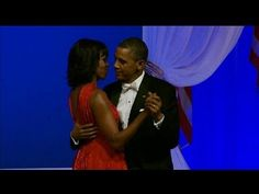 Jennifer Hudson Sings During President and Michelle Obama's Dance