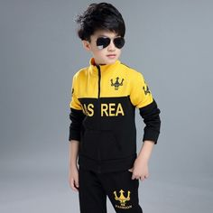 korean children clothing 2017 new fashion boys clothing set letter printed children clothing 2 colors boys clothing sets Stylish Little Girls, Little Boy Outfits, Baby Boy Outfits, Sport Outfits, Kids Outfits, Baby Boy Fashion, Kids Fashion, Cute Baby Boy Photos, Boys Tracksuits