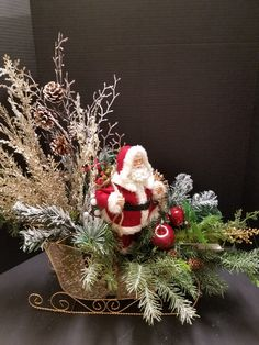 Exceptional Xmas decorations detail are offered on our internet site. look at this and you wont be sorry you did. Christmas Sled, Diy Christmas Ornaments, Xmas Crafts, Christmas Projects, Christmas Wreaths, Christmas Decorations, Christmas Sleighs, Advent Wreaths, Nordic Christmas
