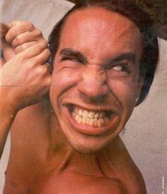 Anthony Kiedis Jack Irons, John Frusciante, Anthony Kiedis, Funny Faces, Singer, Stuffed Peppers, Hot, People, Chilis