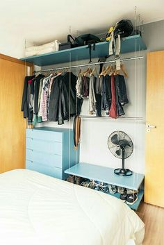 10 Beautiful Open Wardrobe Concepts For Sophisticated Home Open Wardrobe, Wardrobe Closet, Closet Bedroom, Closet Space, Bedroom Storage, Home Bedroom, Bedroom Decor, Bedrooms, Zeina