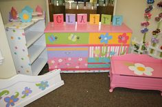 Sparkles: HAND PAINTED FURNITURE