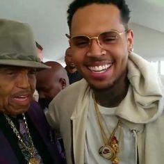 Chris Brown Daughter, Chris Brown Videos, Breezy Chris Brown, Black Kids Hairstyles, Just Beautiful Men, Hypebeast Wallpaper, Male Beauty, Man Crush, Zodiac Signs