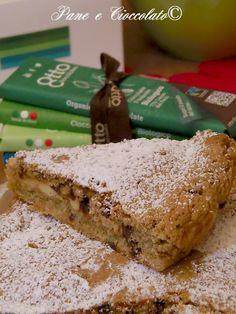 Torta Crostata con Cuore al Cioccolato Bianco